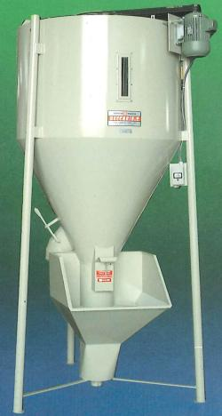 Vertical Mixer for Animal Feed & Cereals